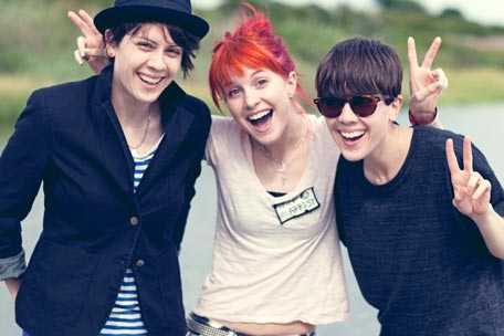 Tegan, Hayley Williams and Sara