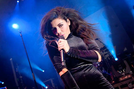Marina and the Diamonds, Maria Diamandis (live)