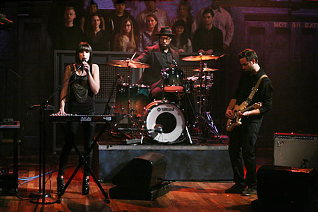 Phantogram on 'Late Night With Jimmy Fallon'