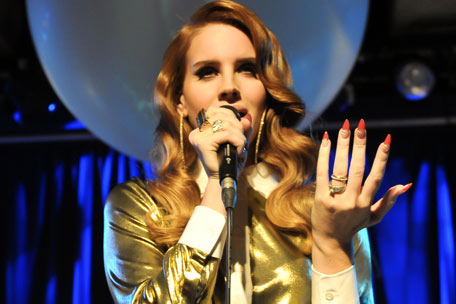 LANA DEL REY: 'Video Games' Singer Drops Second Single 'Born to ...