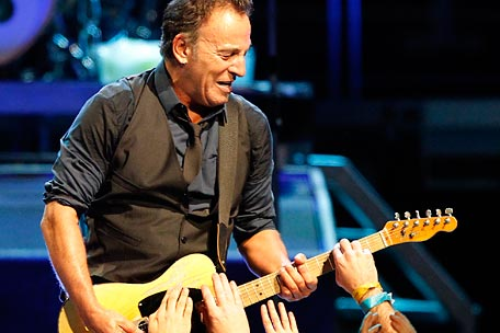 Bruce Springsteen to campaign for President Obama