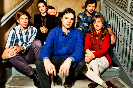 Dirty Projectors performing live video