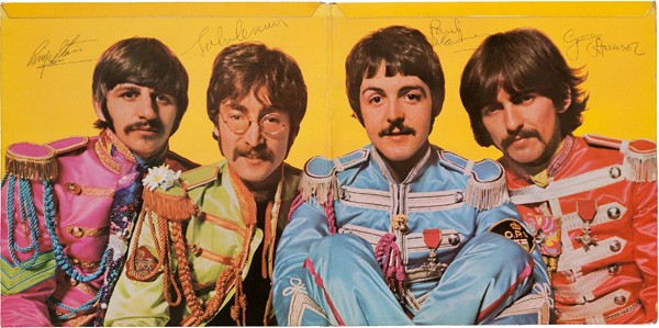 sgt peppers lonely hearts club band album cover