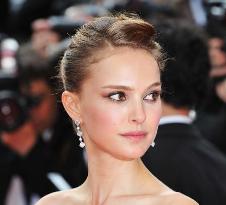 natalie portman curly hair. From Red Carpet to Your Closet: Natalie Portman at Cannes