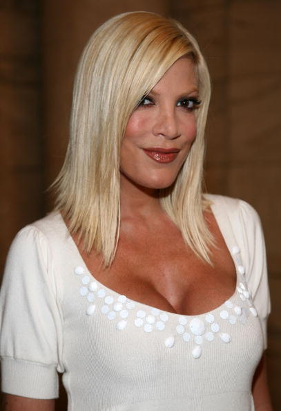 In any event, here's a picture of Tori Spelling, Dean McDermott,