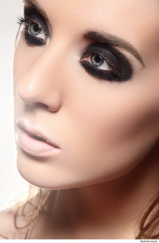 Style News, Celebrity Fashion Trends and Decor - HuffPost ... Raccoon Eyes Makeup