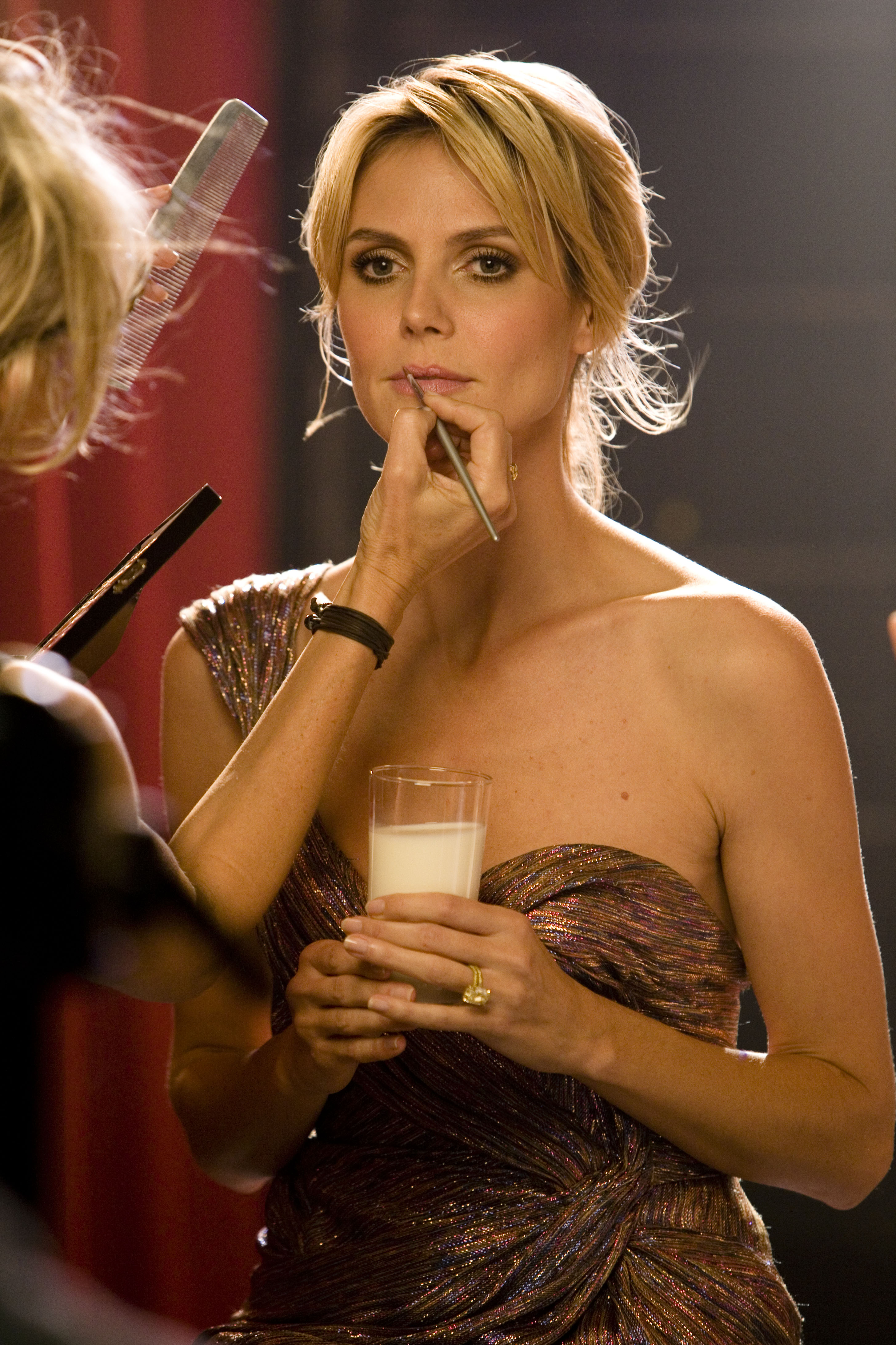 heidiklum_photo_makeup2.jpg