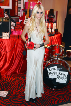 Taylor Momsen Hosts Victoria's Secret 'Love Rocks' Perfume Launch