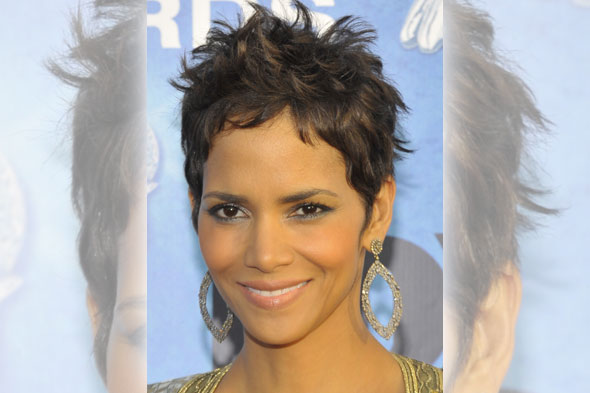 hottest haircuts for spring halle berry