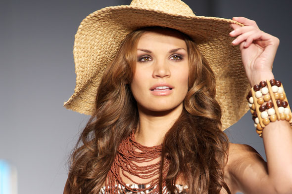 cosmetology hairstyles. wavy hairstyle vacation