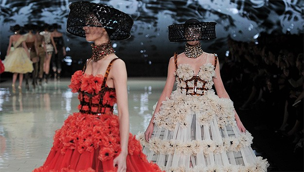 Alexander McQueen Spring 2013 Ready-to-Wear at Paris Fashion Week