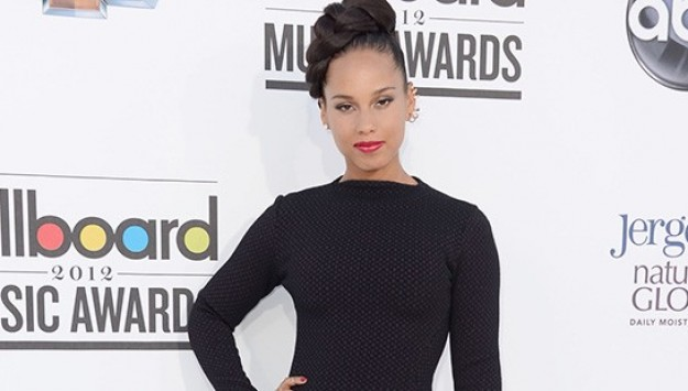 Alicia Keys' Beauty & Style Tips