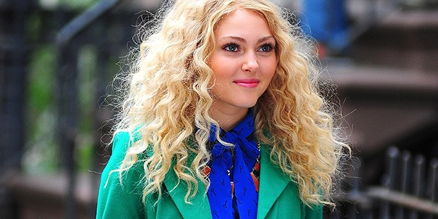 Young Carrie Bradshaw Rockin' Polka Dots on the Set of the Carrie Diaries