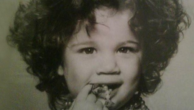 Guess the Stars from Their Childhood Twitpics!
