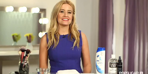 Avoid Breakouts: Clean Your Makeup Brushes!