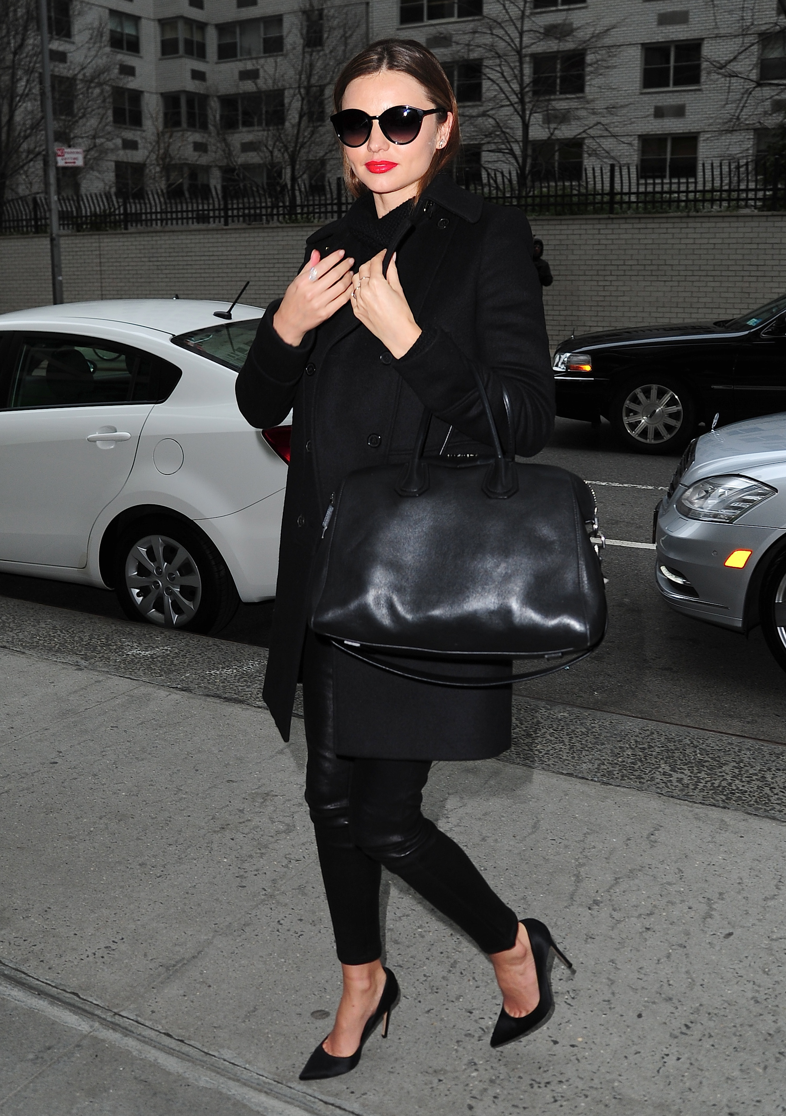 Look of the Day: Miranda Kerr Steps Out in New York
