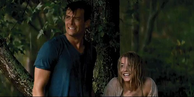 Safe Haven EXCLUSIVE: Running in the Rain