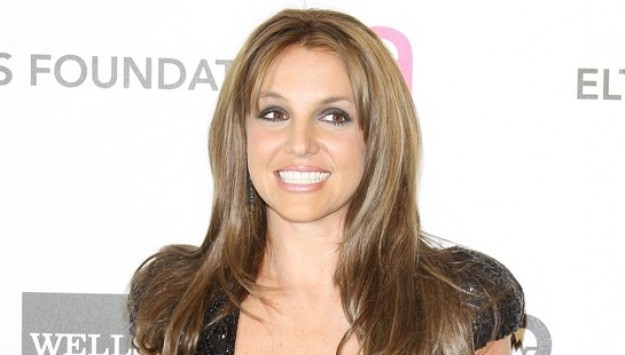 Britney Spears is a Brunette Bombshell!