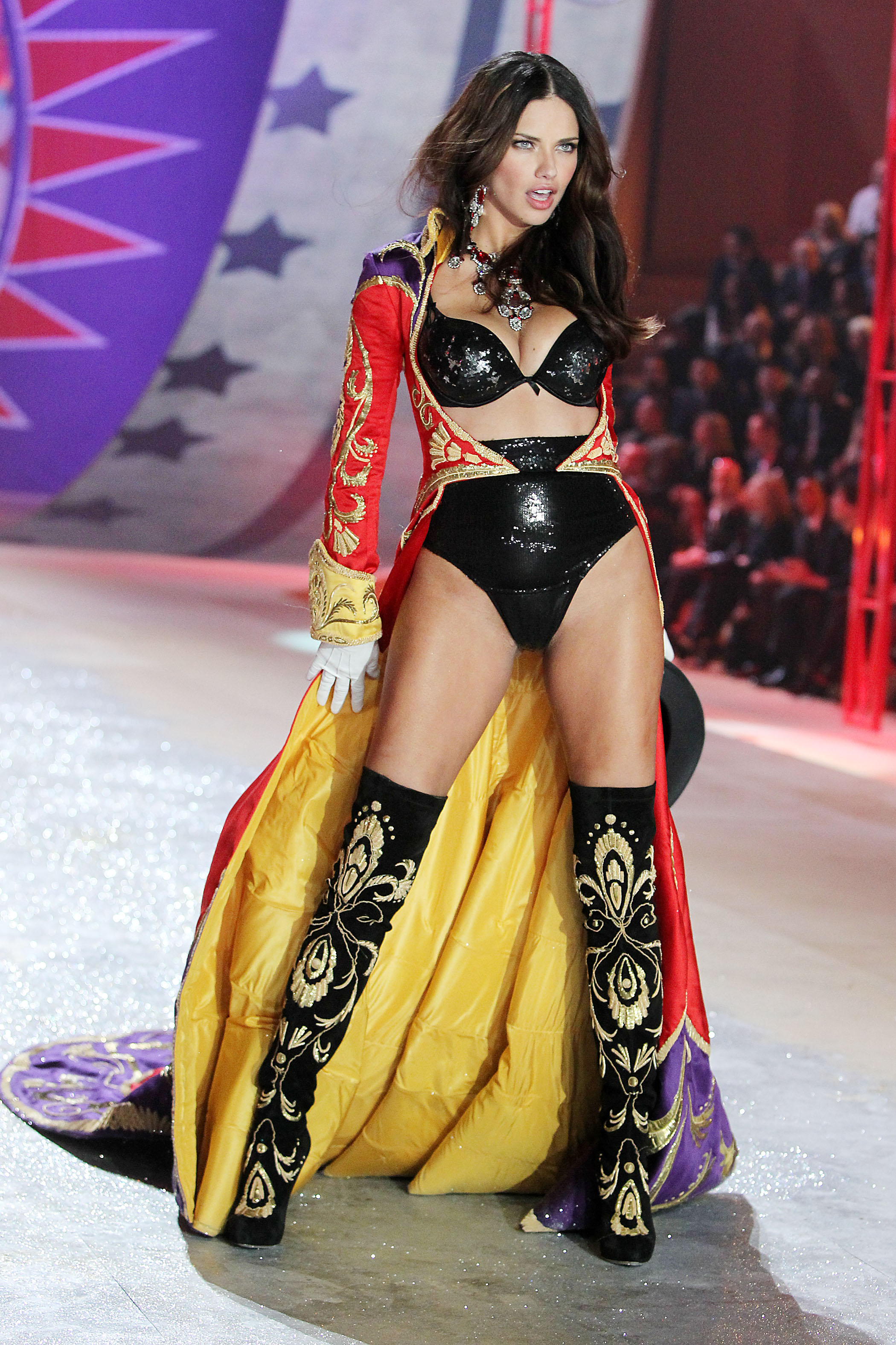 Adriana Lima's Holiday Gift Guide