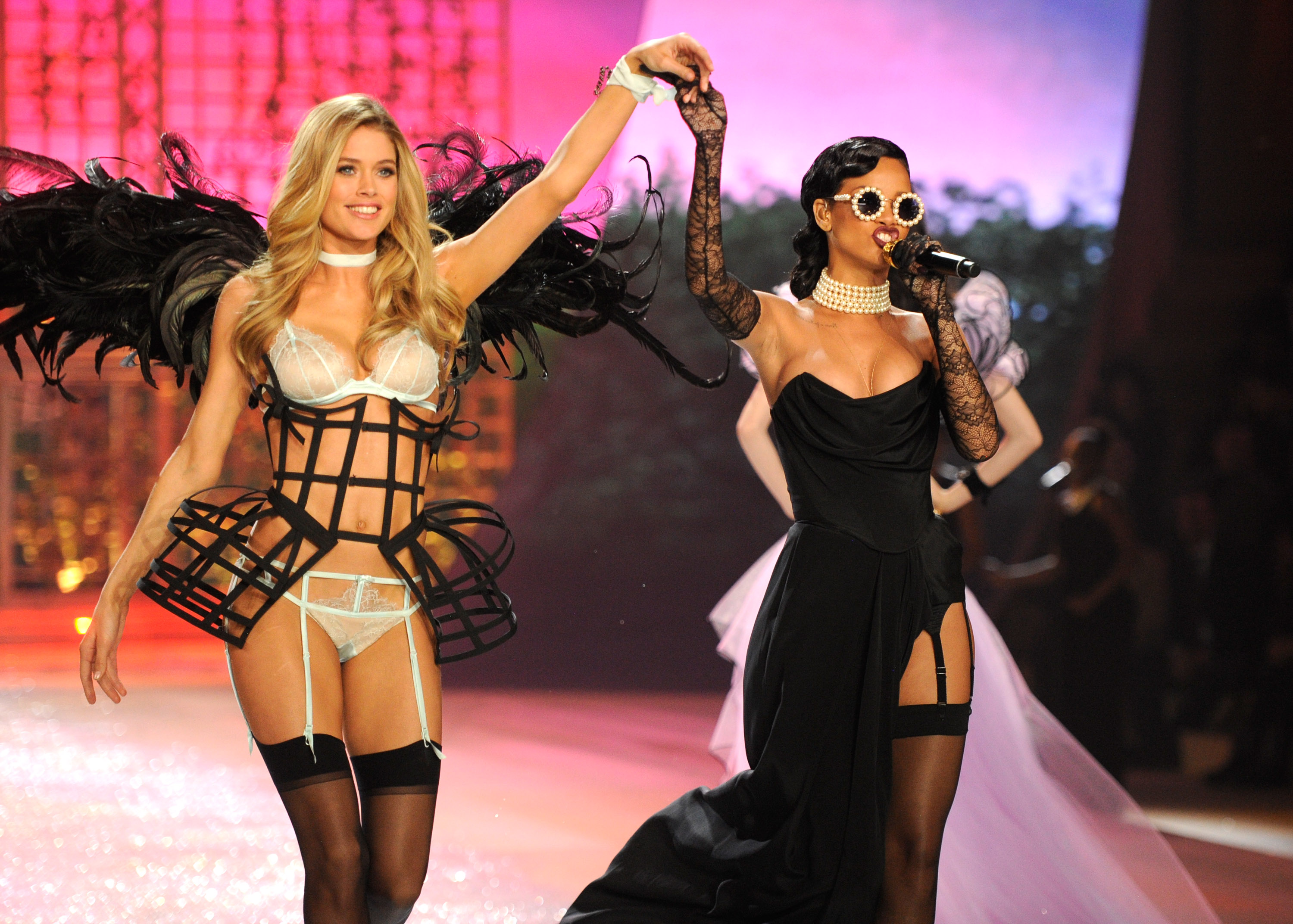 Rihanna, Bieber, and the Sexy Victoria's Secret Angels