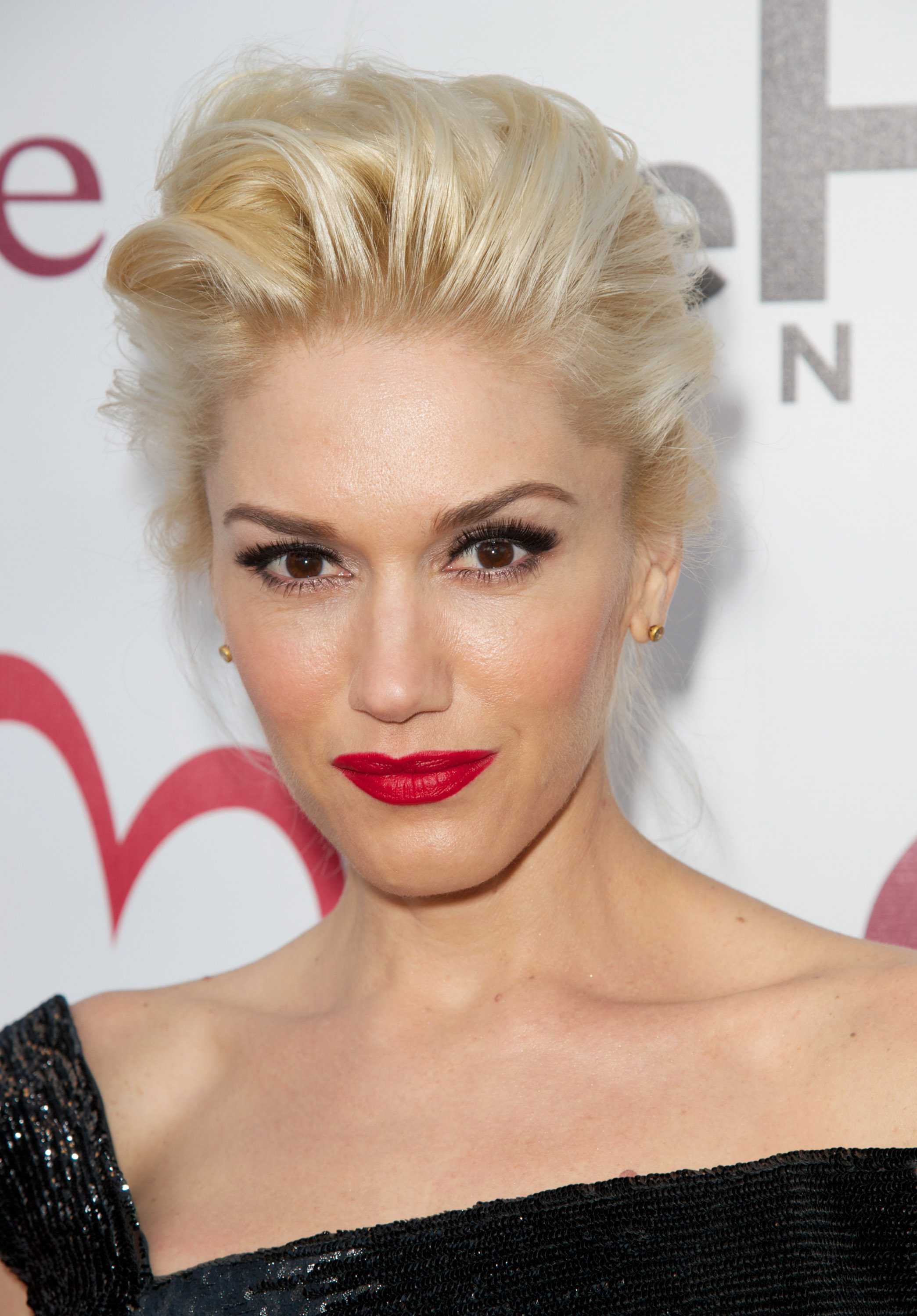 Gwen Stefani Cool Video Hair Gwen Stefani Hairstyle Cool