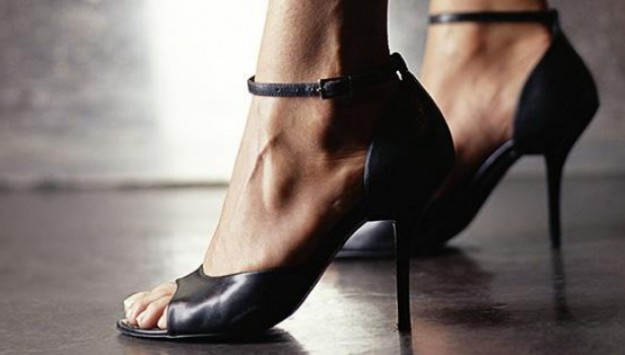Ask the Guys: 'What Do Guys Really Think About High Heels?'