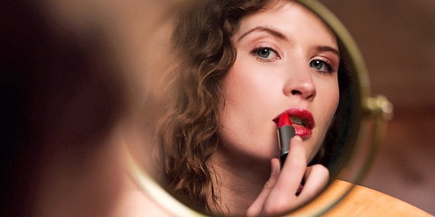 Giorgio Armani's Makeup Guru Tells Us How To Get The Perfect Red Lip