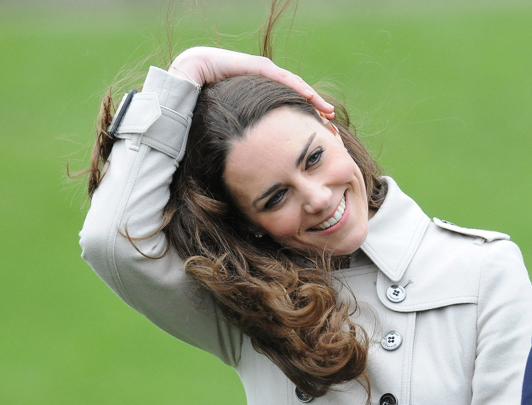 Beauty Blunders: How to Weatherproof Your Hair