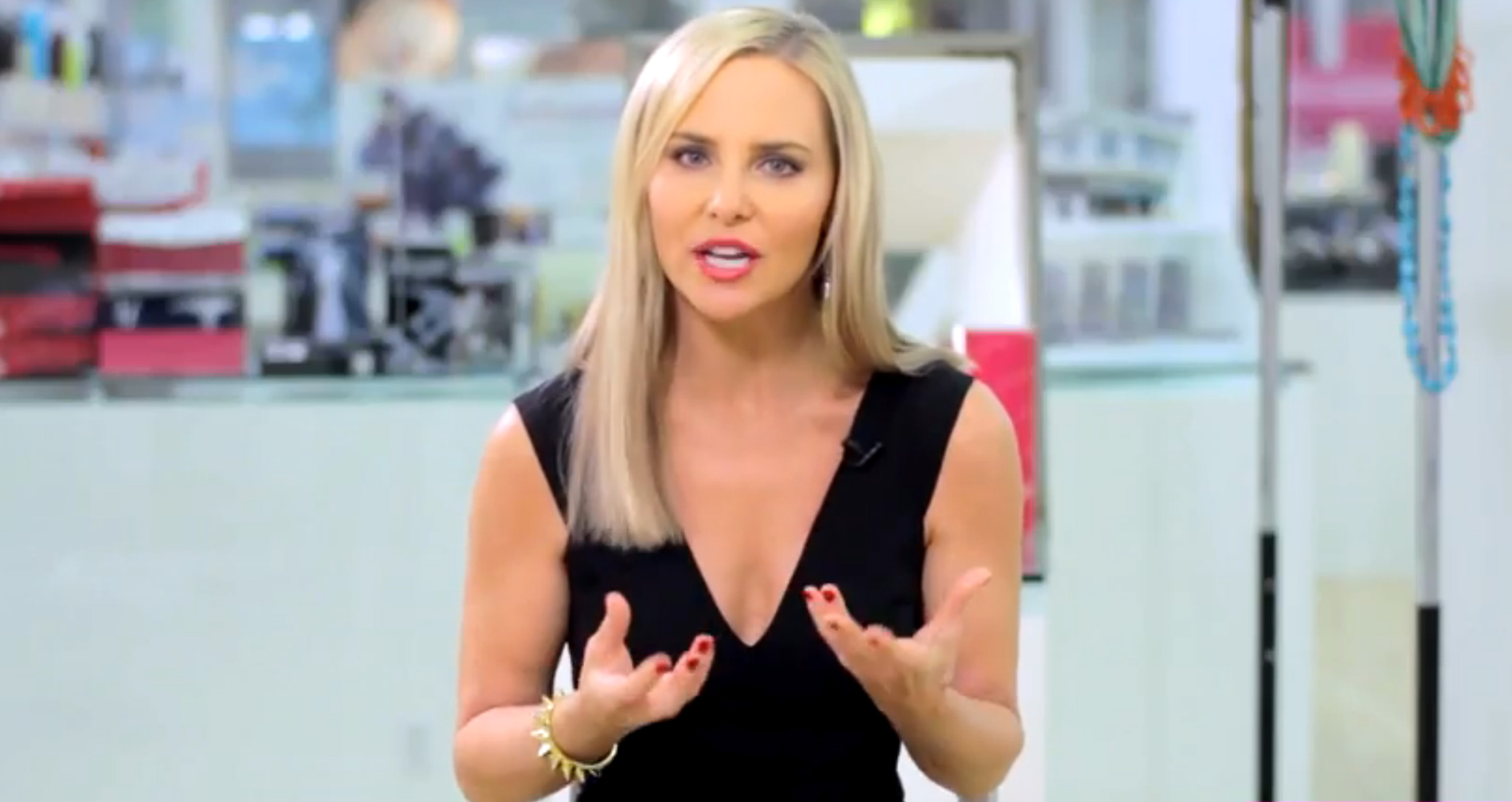 Exclusive Beauty Tips From 'What Not to Wear' Makeup Artist Carmindy