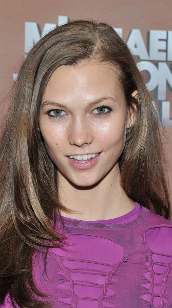 Top 9 at 9: Karlie Kloss's Favorite Items to Give