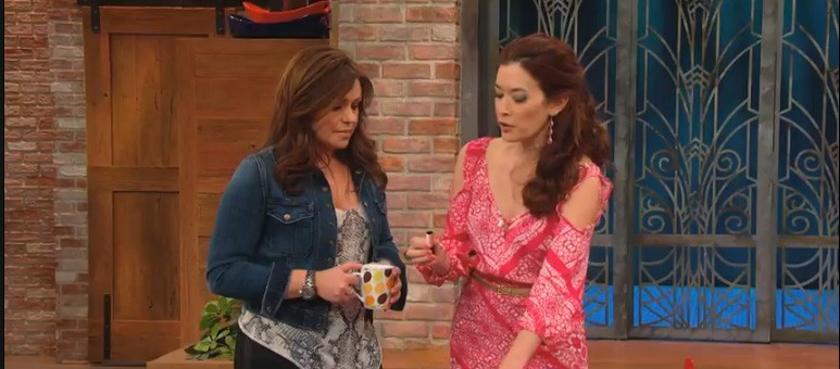 Make the Most of Your Makeup With Rachael Ray
