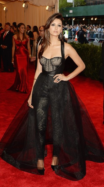'Punk: Chaos to Couture' Met Gala 2013 Red Carpet Style
