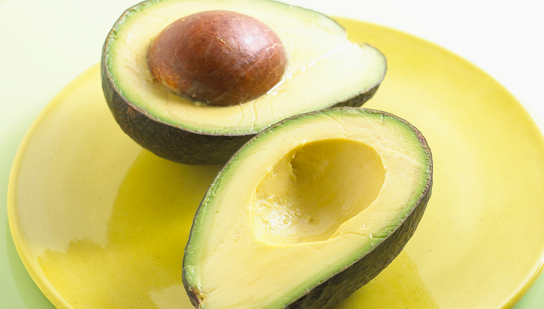 Beauty Tips: The Benefits of Avocado