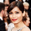 Look of the Week: Freida Pinto\'s Bejeweled Bun