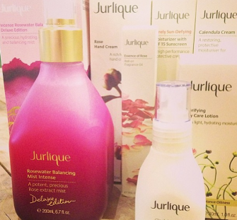 GIVEAWAY: Enter to win a deluxe Jurlique swag bag full of beauty products!