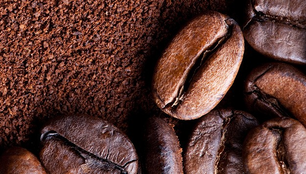 Take down cellulite with this DIY coffee bean body scrub
