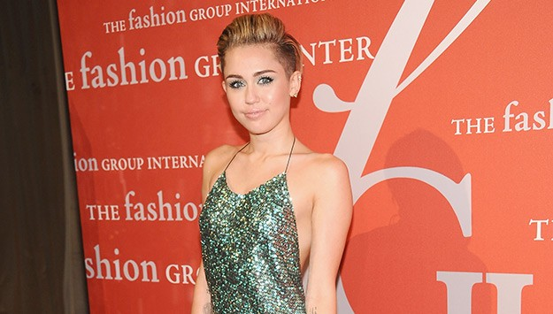 Top 9 at 9: Miley goes major glam in Marc Jacobs, meet the ...