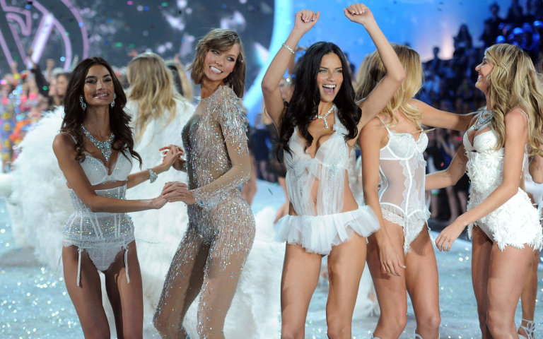 Live blog: Watch the Victoria's Secret Fashion Show 2013 with us!