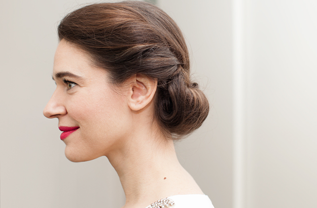 Master the princess roll updo (a special-occasion style for shoulder-length hair)