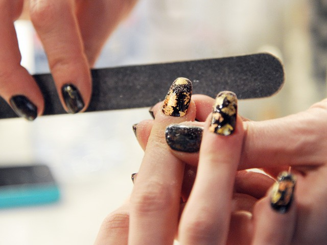 The 7 easiest ways to save your nails between manicures