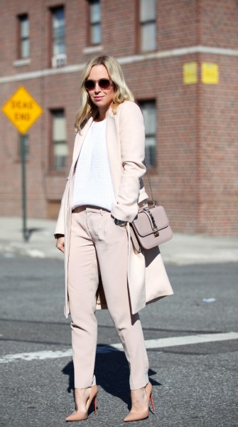 Back to basics: Spring outfits that work anywhere