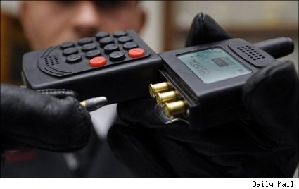 Mafia Raid Uncovers Cell Phone Gun