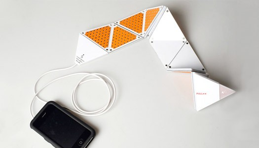 Flexible Speaker for iPhone by Chun-Chieh Yang