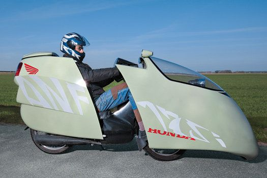Honda motorcycle gets more than 200-mpg.