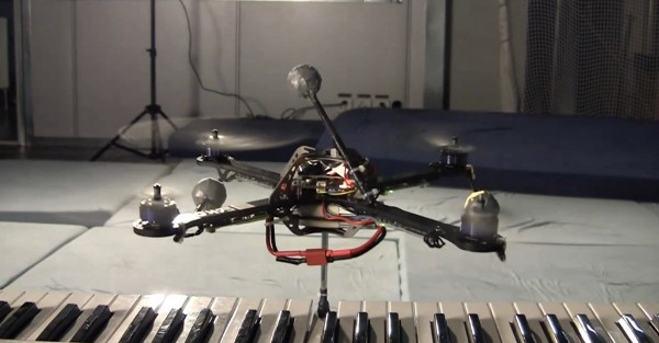 Quadrocopter Plays 'Jingle Bells'