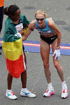 Derartu Tulu and Paula Radcliffe at NYC Marathon