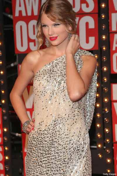 Taylor Swift Vma Dress 2009. quot;Taylor is country music#39;s