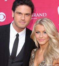 Chuck Wicks and Julianne Hough