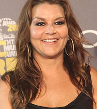 Gretchen Wilson six packs