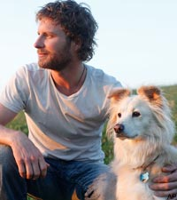 Dierks Bentley missing dog Jake